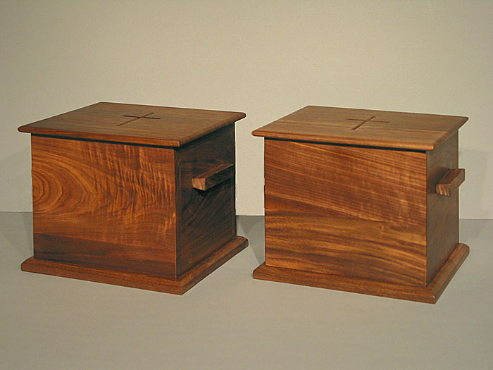 cremation urn - South River Studio - liturgical furnishings